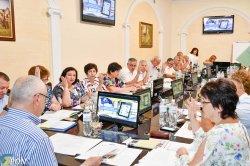 Виїзне засідання президії: фокус уваги на надбавках та доплатах